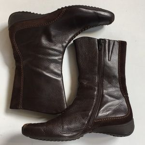 Like new Paul Green leather boots